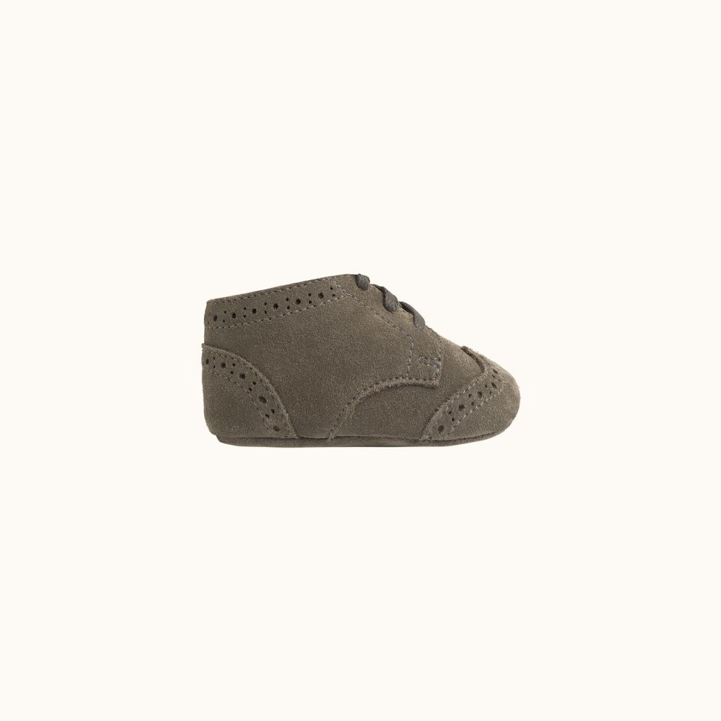 Small babies' shoes khaki