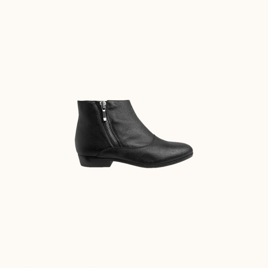 Eagle ankle boots black